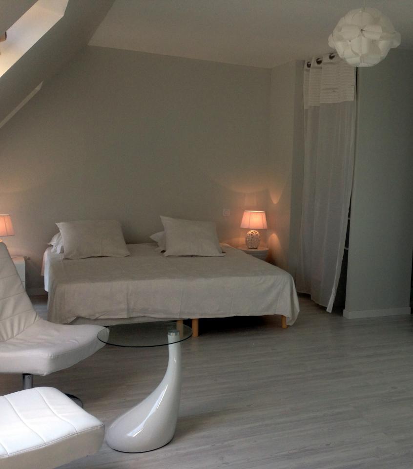 chambre d 39 hote luxe piscine vannes la m tairie du golfe. Black Bedroom Furniture Sets. Home Design Ideas